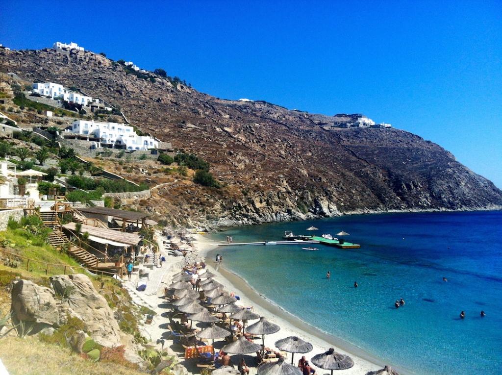 beach-club-santa-marina-mykonos