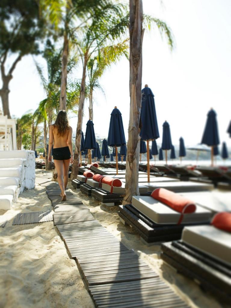 nammos-beach-club-mykonos 2