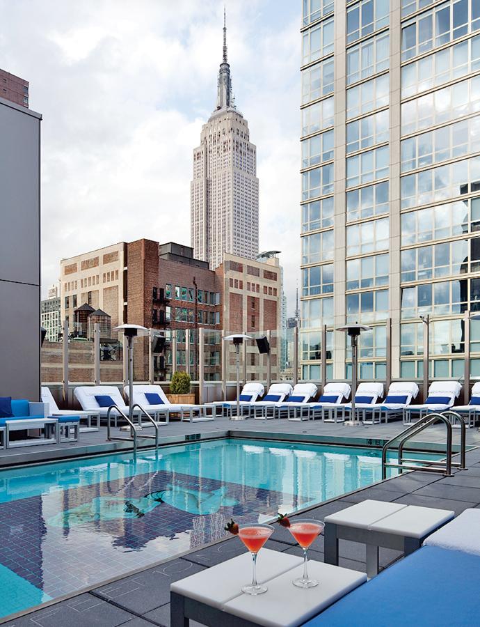 Gansevoort-NYC-hotel-rooftop-pool