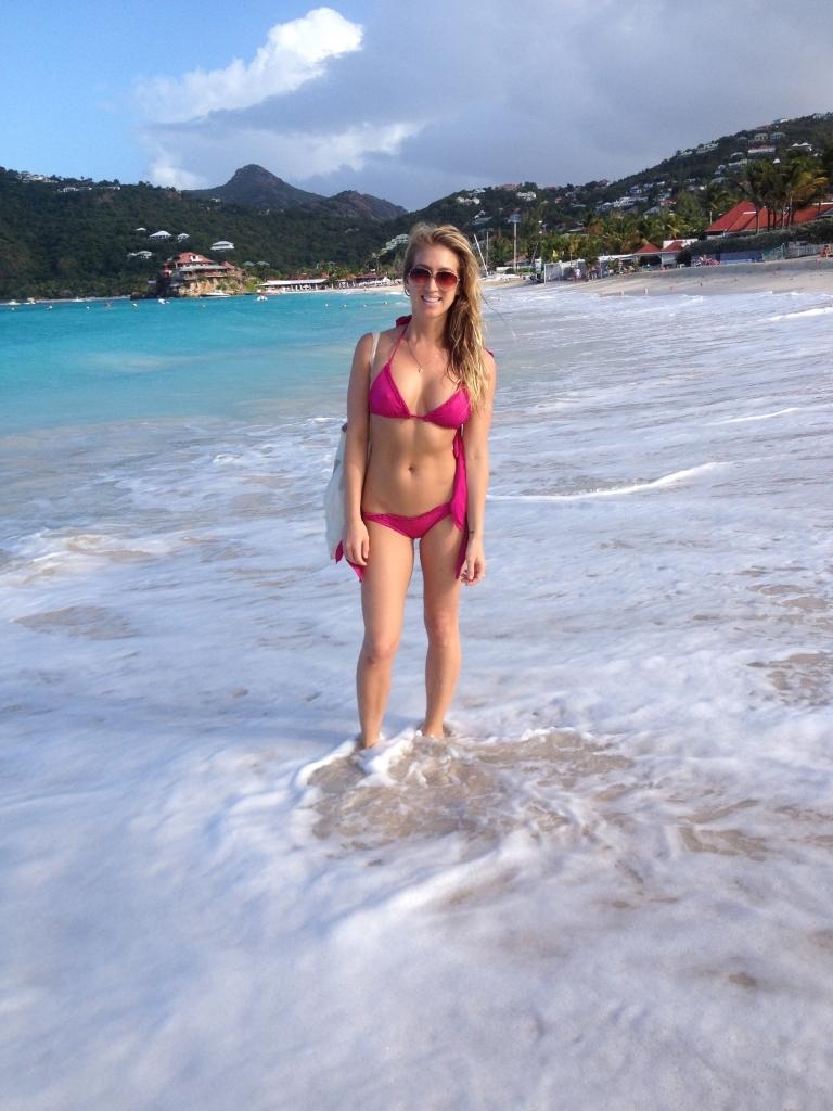 vanessa-rivers-bikini-st-barts