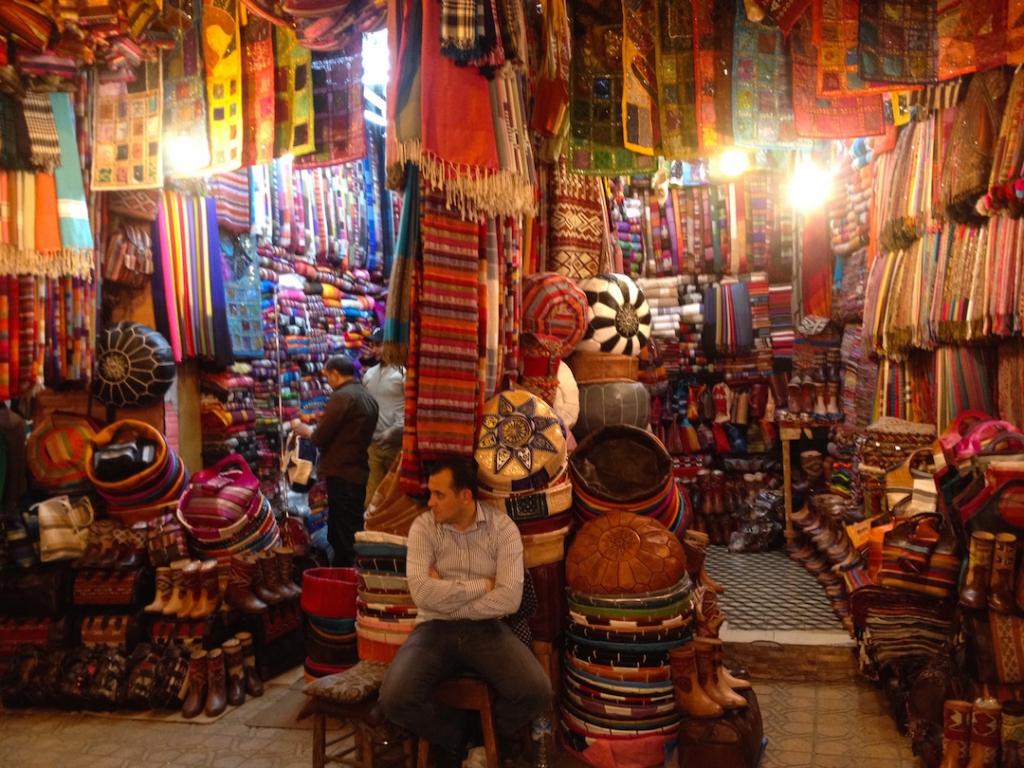 Marrakech-Morocco-Souk-tapestry