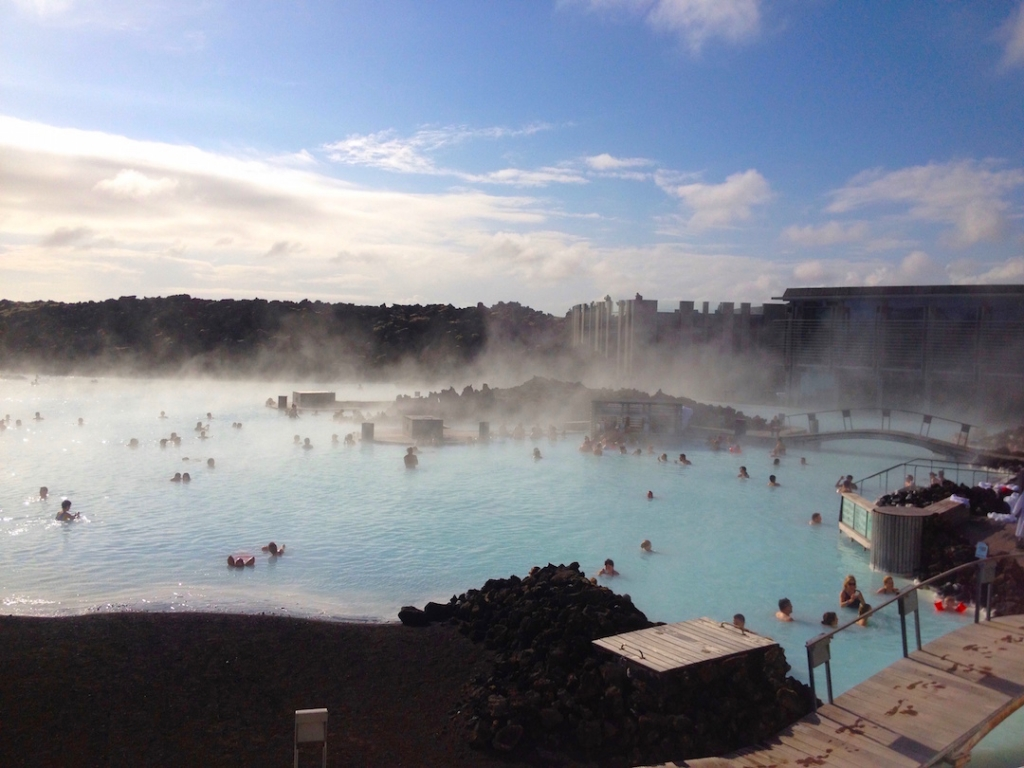 Iceland bucketlist must glitter mud for Blue lagoon iceland accommodation