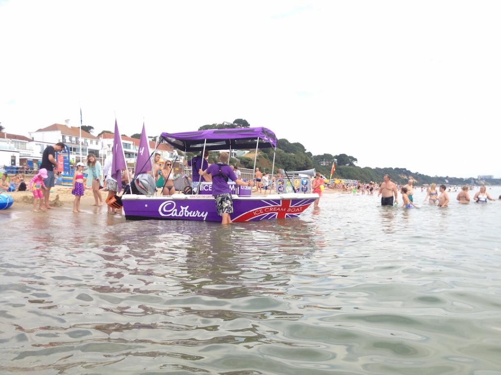Cadbury-Ice-Cream-Boat