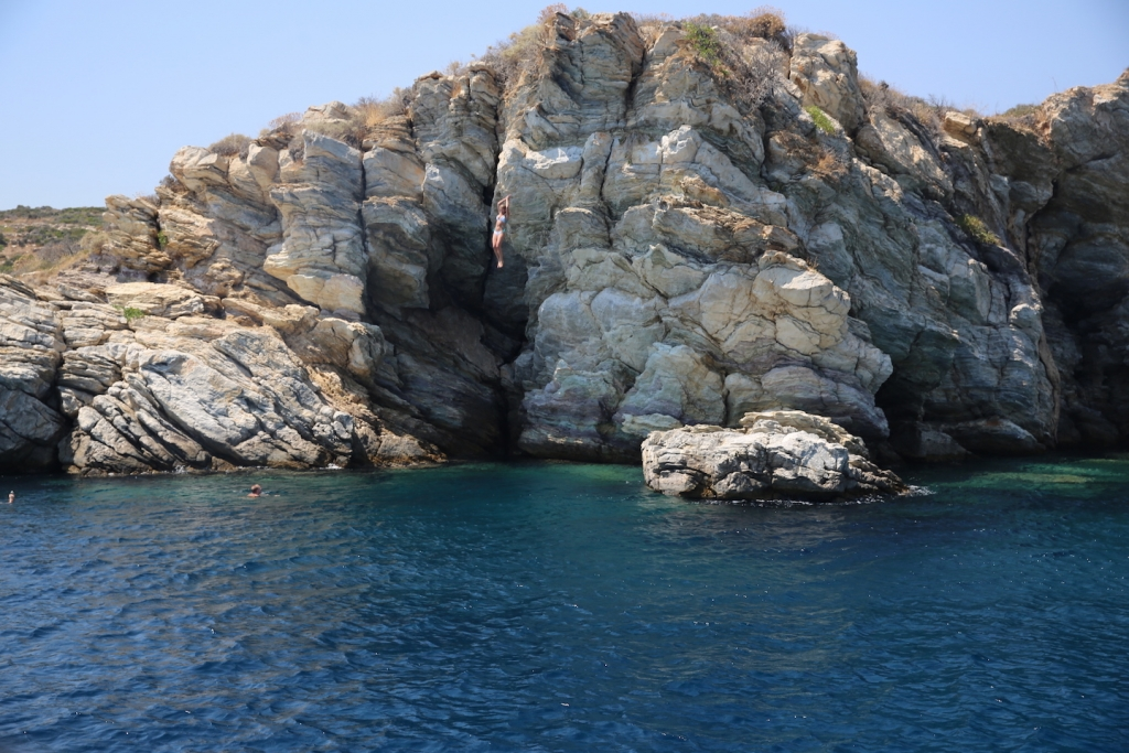 Cliff Jumping, Yacht Week Greece