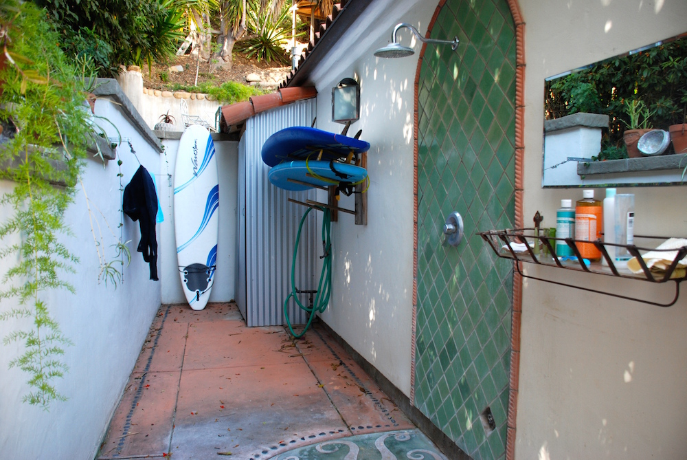 montecito-surfers-cottage