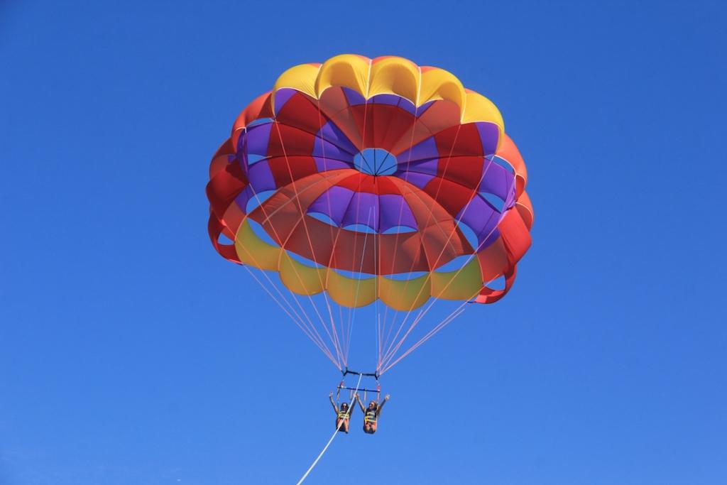 parasailing-Catalina-Island 3