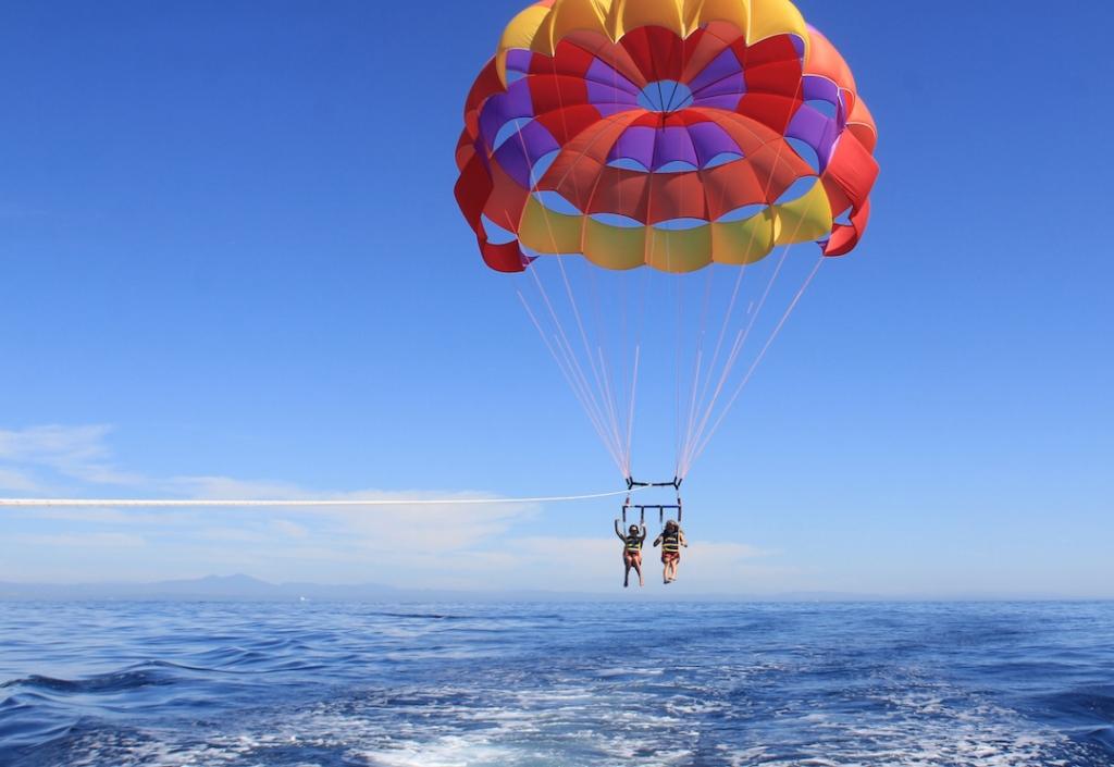 parasailing-Catalina-Island 4