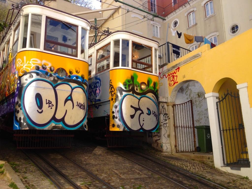 trams-graffiti-art-lisbon