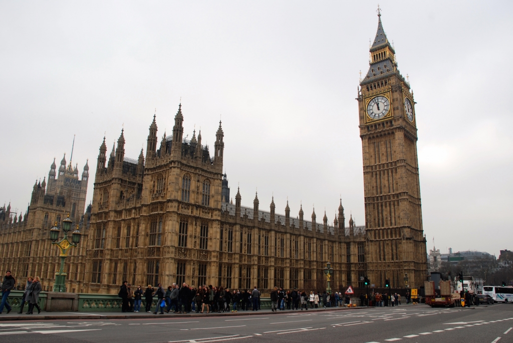 10-Must-See-London-Spots-Houses-Of-Parliament