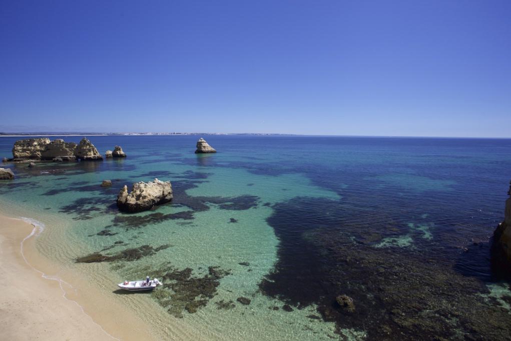 Praia-Dona-Ana-Algarve