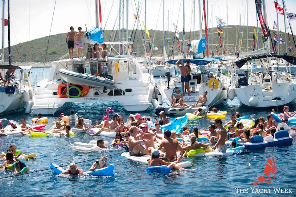 Yacht-Week-Floaties