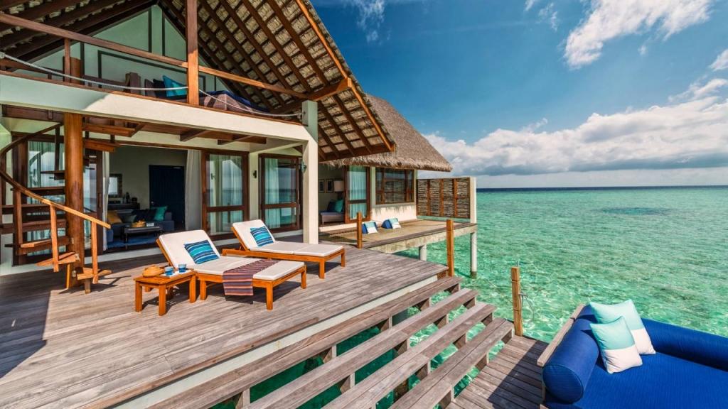 Villa-Four-Seasons-Resort-Maldives