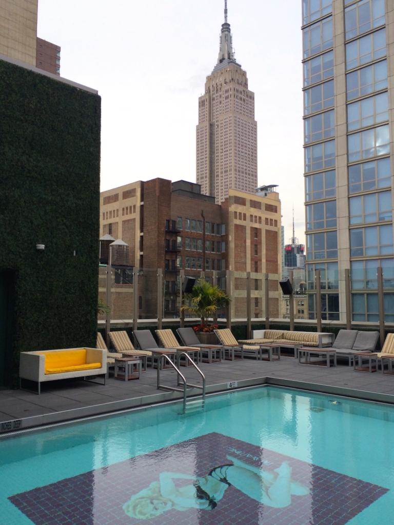 gansevoort-park-rooftop-pool 3