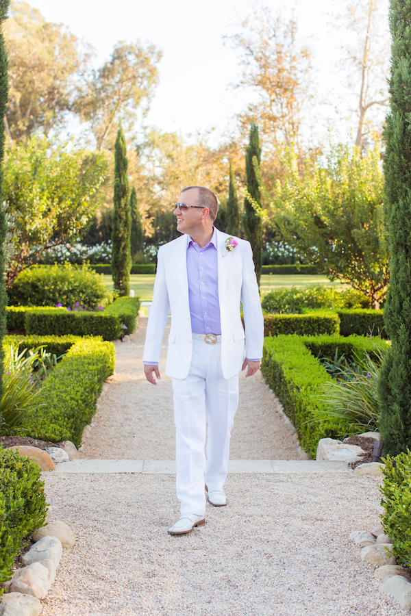white-linen-suit-wedding