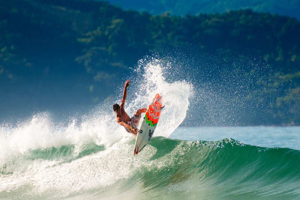 surfing-brazil