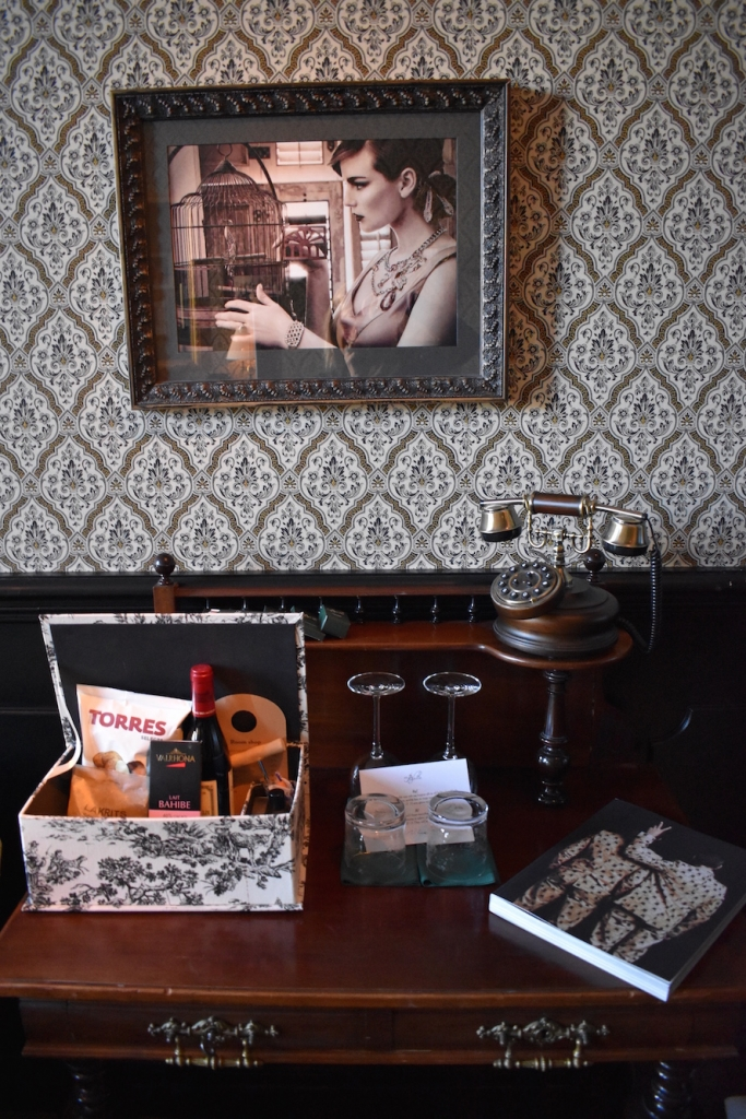 hotel-pigalle-rooms 2