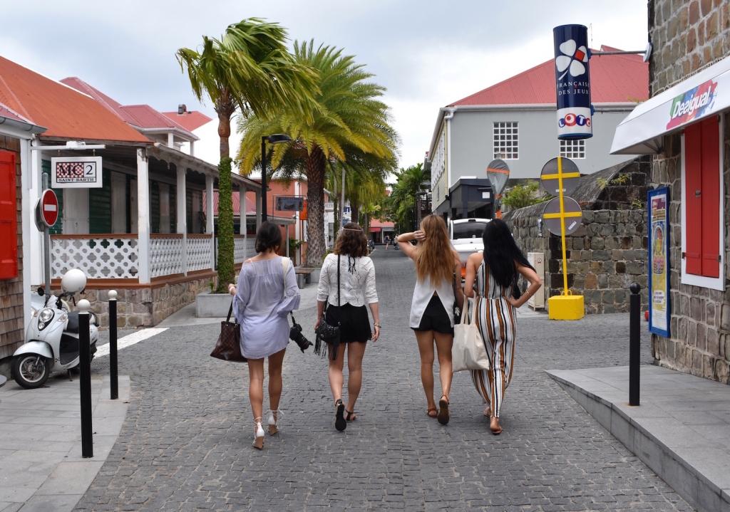 gustavia-st-barths-girls