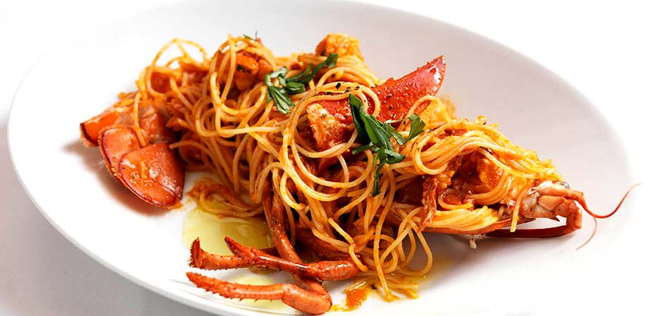 signor-sassi-lobster-pasta