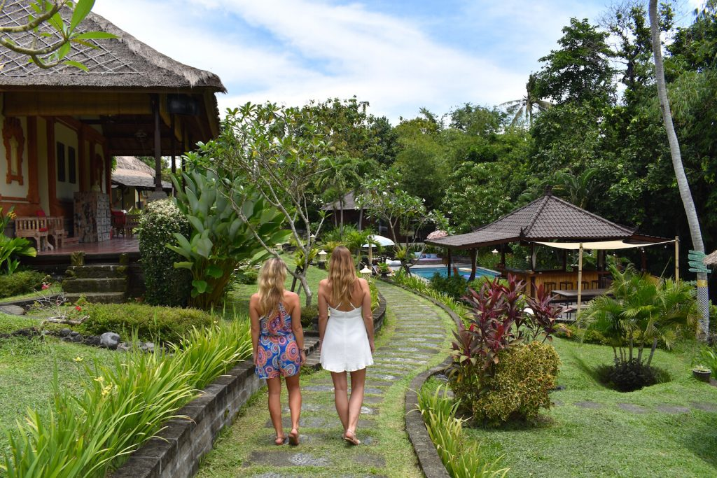 mondo-surf-vilage-bali-retreat