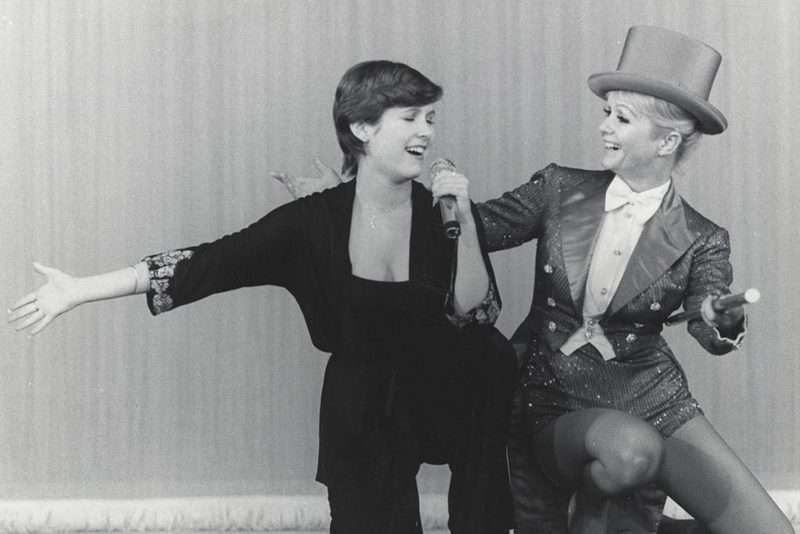 Carrie Fisher and Debbie Reynolds, Bright Lights